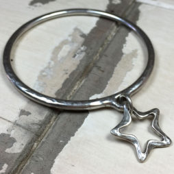Danon Silver Bangle With Open Star *