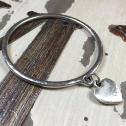 Danon Chuby Hammered Heart Silver Bangle