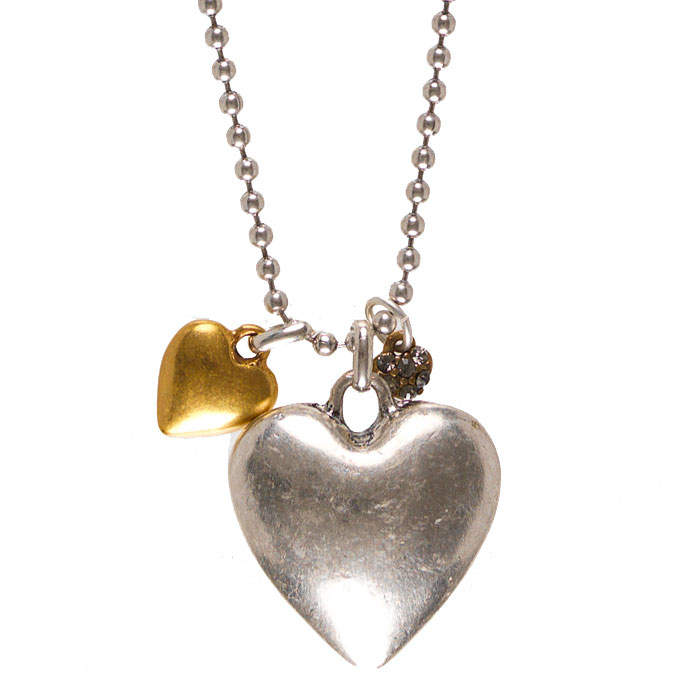 SHORT SILVER COLOURED NICKLE FREE NECKLACE WITH HEARTS 42 CM