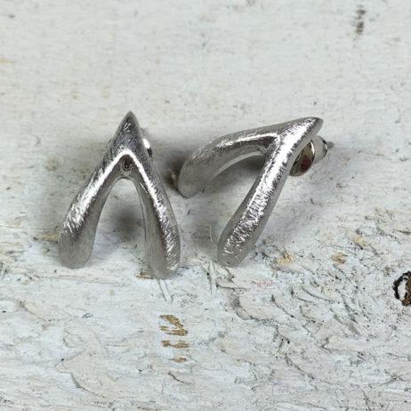 Hot Tomato Jewellery Silver Wishbone Stud Earrings