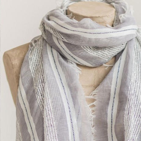 Tutti and Co Grey And White Woven Scarf
