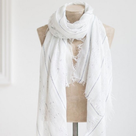 Tutti and Co White and Navy Woven Scarf