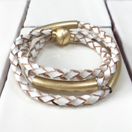 Sence Copenhagen Wild Free Bracelet white leather worn Gold