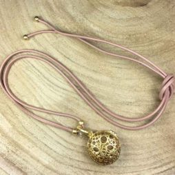 Sence Copenhagen Xmas Taupe Leather Necklace with Gold Locket Pendant