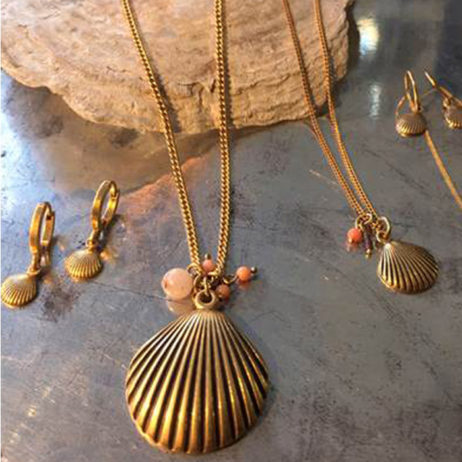 Hultquist Jewellery Seashell Long Gold Necklace
