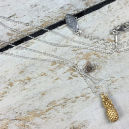 Hultquist Jewellery Gold Pineapple Short Silver Necklace