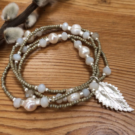 Hot Tomato Jewellery Multi Stand Pearl Bracelet with Silver Leaf Charm