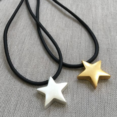 Sence Copenhagen Be Magical Black Leather Star Necklace Gold