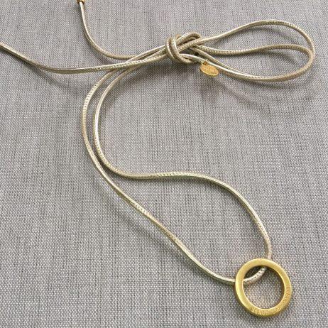 Sence Copenhagen Be Magical Gold Circle Pendant Platinum Leather Necklace