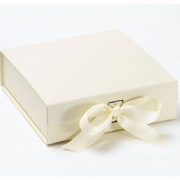 Luxury Gift Box with Ribbon - Gift_Box_Med_Ivory
