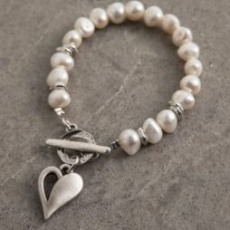 Danon Jewellery Simply You Pearls & Heart T-bar Bracelet